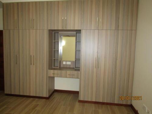 3 Bedroom Apartment - Riverside