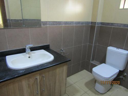 washroom (1) (1)